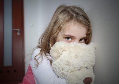 Traumapädagogik: Schaffen eines sicheren Ortes für seelisch verletzte Kinder